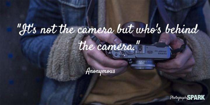 nije foto aparat , već fotograf